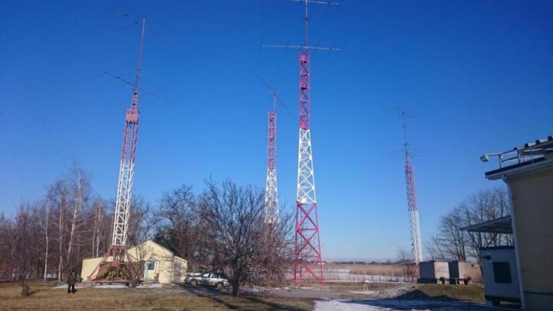 Антенное поле RT6A зимой.
